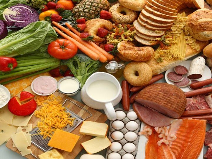 Novo estudo coloca os carboidratos como vilões e sugere que gorduras podem até reduzir risco de AVC