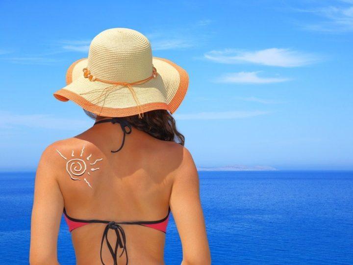 Cinco dicas para manter a pele saudável no Verão