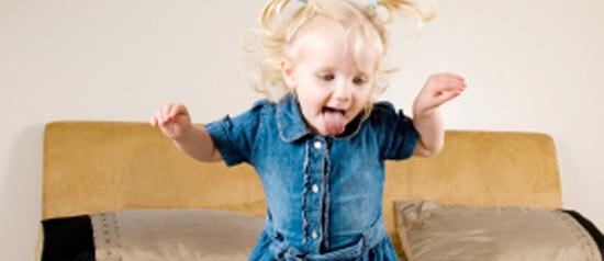Sobre crianças agitadas e pais sonolentos