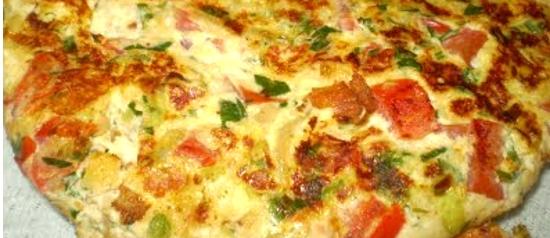 Let's talk about eggs – parte 3: Omelete de tomate com queijo branco