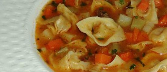 Nossa versão pra sopa de capeletti